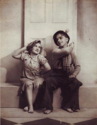 Mitzi & Dickie Arnold 1938
